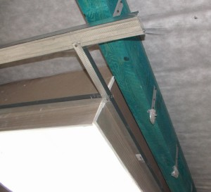 Natrysk pianki poliuretanowej a wilgoć więźby dachowej?